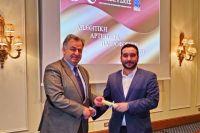 Restart με … 3 βραβεία για την Meteora Thrones