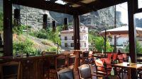 Το ΑΕΡΙΝΟ καφέ μπαρ ζητάει άτομο με εμπειρία στο σέρβις